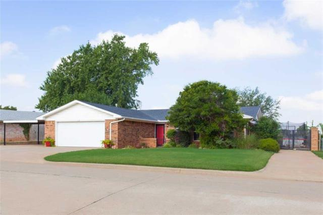 316 S 25th, Clinton, OK 73601 (MLS #782689) :: Wyatt Poindexter Group