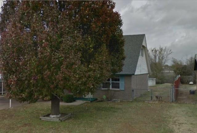 1017 NW 19th Street, Moore, OK 73160 (MLS #792663) :: Wyatt Poindexter Group