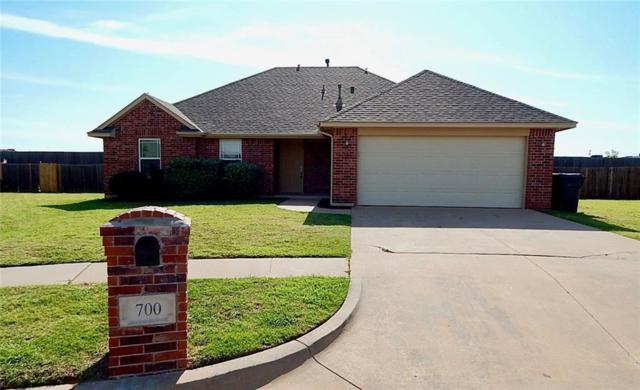 700 Dana Drive, Yukon, OK 73099 (MLS #802885) :: Wyatt Poindexter Group