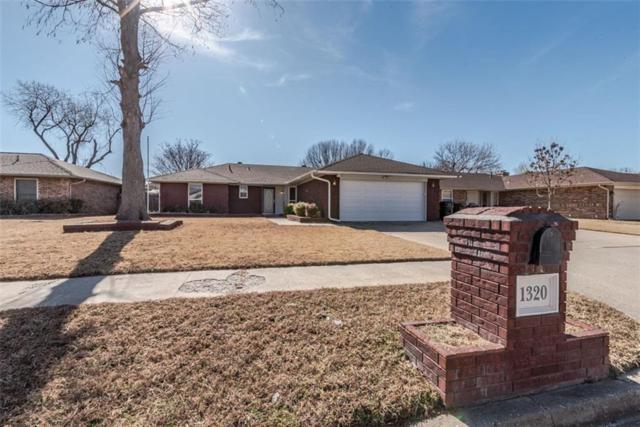 1320 NW 8th Street, Moore, OK 73170 (MLS #805941) :: Wyatt Poindexter Group