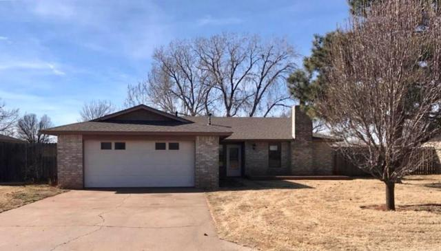 217 Magnolia, Elk City, OK 73644 (MLS #807277) :: Wyatt Poindexter Group