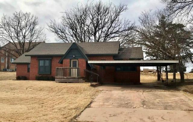 809 N Broadway, Sayre, OK 73662 (MLS #807345) :: Wyatt Poindexter Group