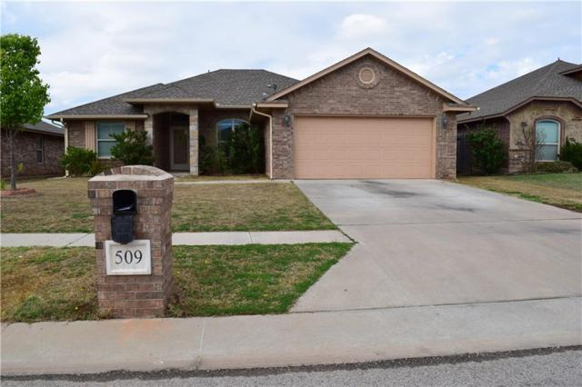 509 SW 44th, Moore, OK 73160 (MLS #813005) :: Wyatt Poindexter Group