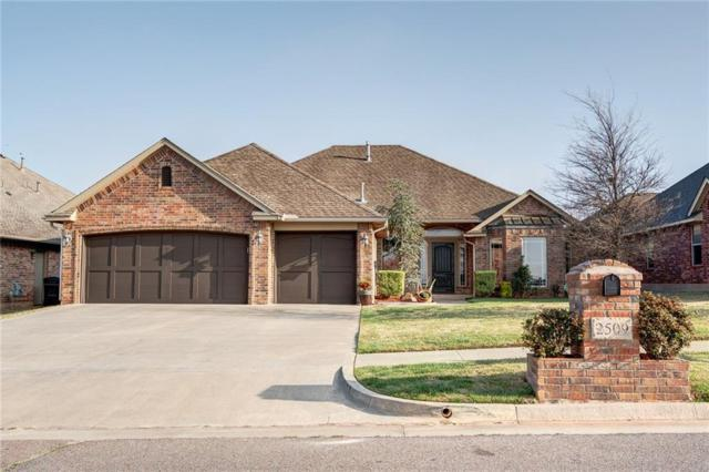 2509 SE 12th Street, Moore, OK 73160 (MLS #813239) :: Homestead & Co