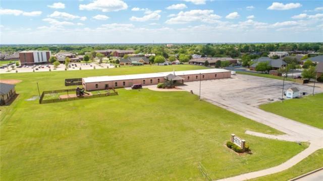 1801 S Kelly Avenue, Edmond, OK 73013 (MLS #817812) :: Erhardt Group at Keller Williams Mulinix OKC