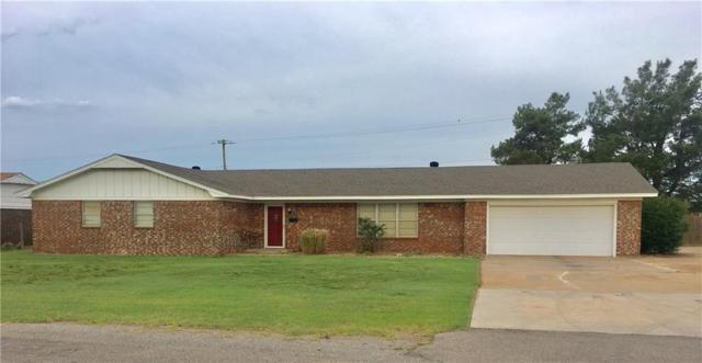 413 Spurlin, Sayre, OK 73662 (MLS #821725) :: Wyatt Poindexter Group