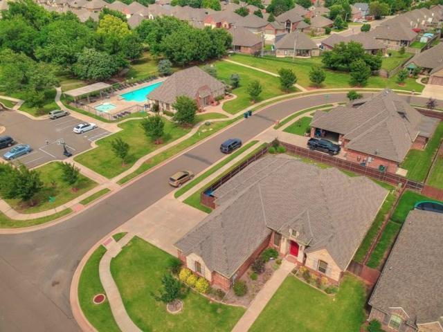 17324 Parkgrove Drive, Edmond, OK 73012 (MLS #823957) :: Homestead & Co