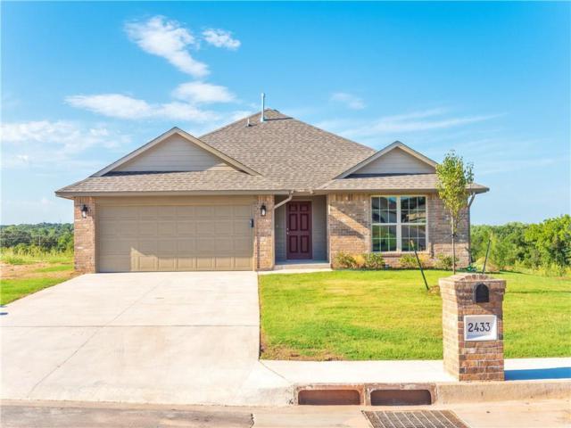 2433 Alta Vista Lane, Edmond, OK 73034 (MLS #824648) :: Wyatt Poindexter Group