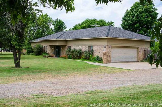 2336 County Street 2860, Chickasha, OK 73018 (MLS #824765) :: Wyatt Poindexter Group