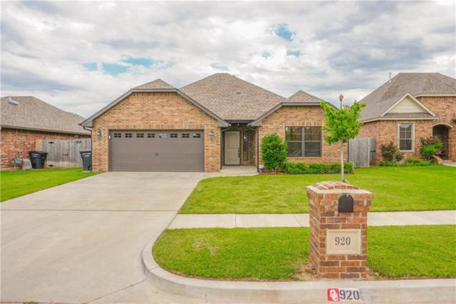 920 SW 14th Street, Moore, OK 73160 (MLS #824900) :: Erhardt Group at Keller Williams Mulinix OKC