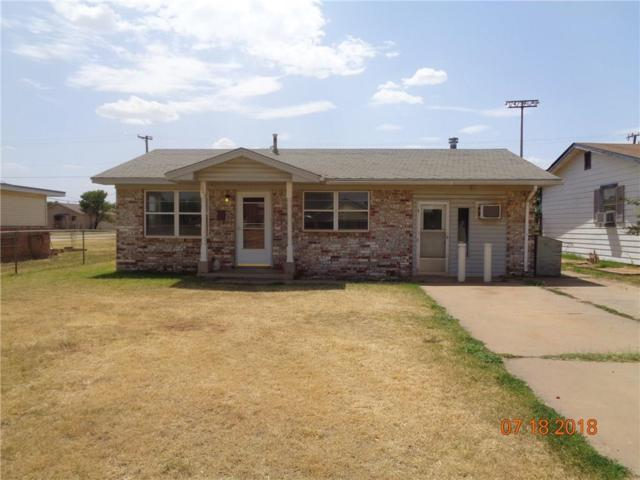 1003 N Howse, Altus, OK 73521 (MLS #827796) :: Erhardt Group at Keller Williams Mulinix OKC