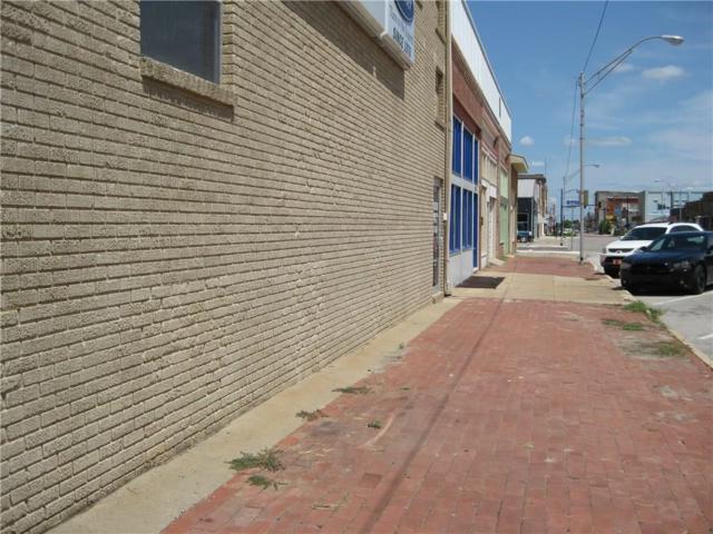 212 W Main, Shawnee, OK 74801 (MLS #831612) :: Barry Hurley Real Estate