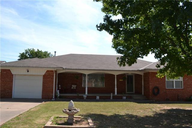 1901 N Oklahoma, Shawnee, OK 74804 (MLS #832393) :: Homestead & Co