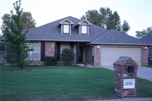 2202 Brook Drive, Choctaw, OK 73020 (MLS #837210) :: UB Home Team