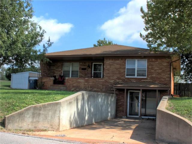 913 N Market Street, Cordell, OK 73632 (MLS #838558) :: Homestead & Co