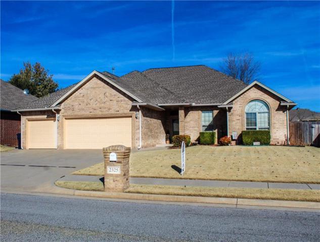 2325 SW 93rd Street, Oklahoma City, OK 73159 (MLS #843473) :: Homestead & Co