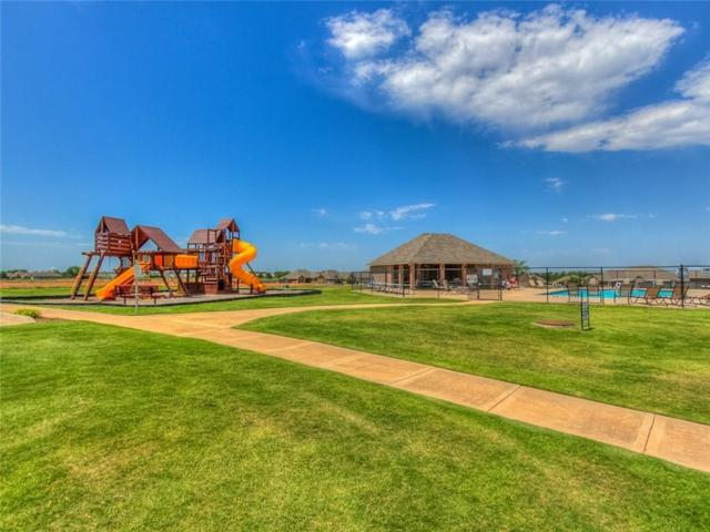 321 Greens Parkway, Norman, OK 73069 (MLS #854849) :: Homestead & Co