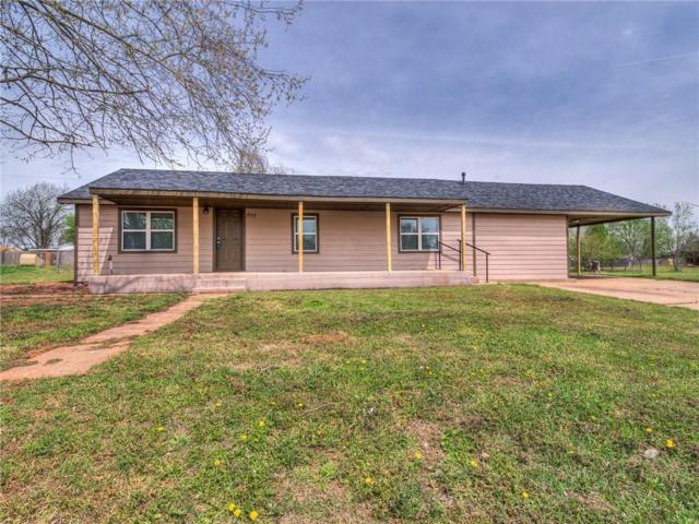 823 W C, Elk City, OK 73644 (MLS #860710) :: Homestead & Co