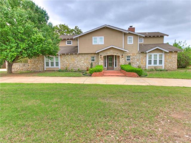 10 Cedar Creek Drive, Shawnee, OK 74804 (MLS #861281) :: Homestead & Co
