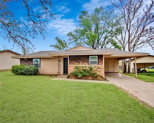 221 Hoover Circle, Elk City, OK 73644 (MLS #863047) :: Homestead & Co
