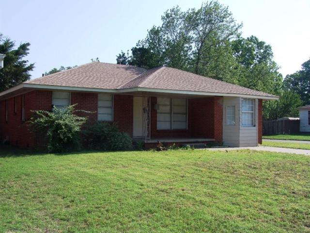 6624 NW 25th Street, Bethany, OK 73008 (MLS #871935) :: Homestead & Co