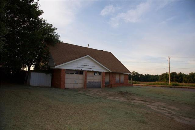 200 Swales, Elk City, OK 73644 (MLS #876319) :: Keri Gray Homes