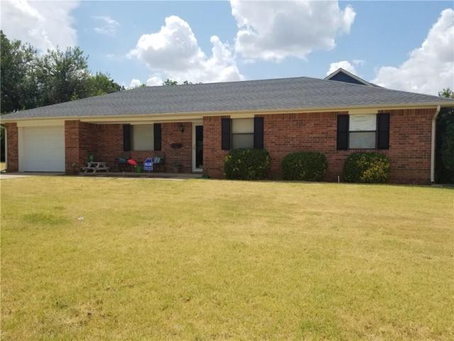 206 SW 5th Street, Anadarko, OK 73005 (MLS #877784) :: Homestead & Co