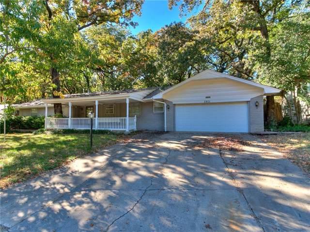 2801 Oakridge Drive, Bethany, OK 73008 (MLS #887917) :: Homestead & Co
