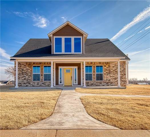 114 Clubhouse Drive, Elk City, OK 73644 (MLS #892394) :: Homestead & Co