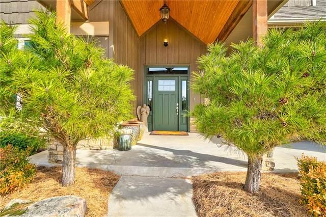2719 Woodlawn Court, Shawnee, OK 74804 (MLS #892700) :: Homestead & Co
