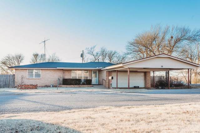 810 S Magnolia Avenue, Cordell, OK 73632 (MLS #894644) :: Homestead & Co