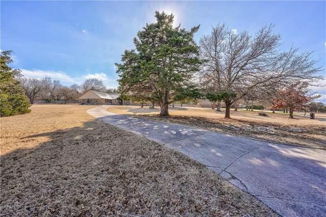 2500 Twelve Oaks, Edmond, OK 73025 (MLS #898439) :: Homestead & Co