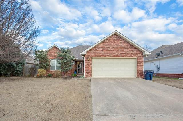 800 N Country Place, Ada, OK 74820 (MLS #898931) :: Homestead & Co
