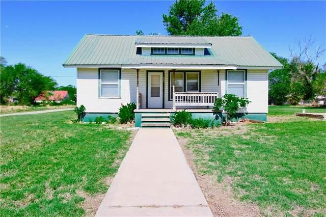 623 S Magnolia, Erick, OK 73645 (MLS #900028) :: Homestead & Co