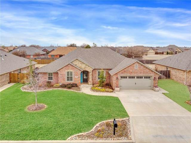 3009 Stephanie Ln, Altus, OK 73521 (MLS #900443) :: Homestead & Co