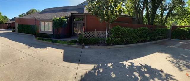 2825 NW Grand Boulevard #5, Oklahoma City, OK 73116 (MLS #902255) :: Erhardt Group at Keller Williams Mulinix OKC