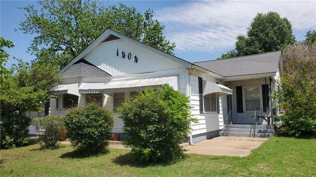 1404 Davis Street, Lindsay, OK 73052 (MLS #902322) :: Homestead & Co