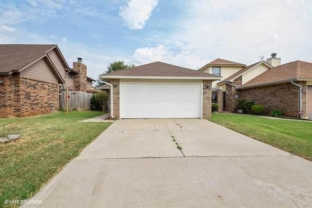 7811 NW 105th Terrace, Oklahoma City, OK 73162 (MLS #904981) :: Erhardt Group at Keller Williams Mulinix OKC
