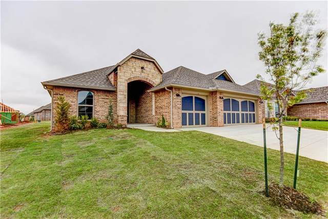 2523 NE 15th Street, Moore, OK 73160 (MLS #906489) :: Homestead & Co