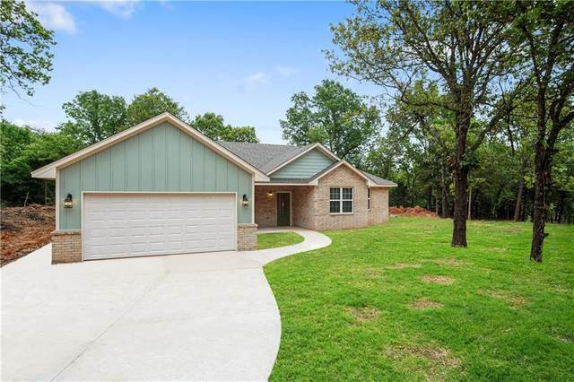 15352 Whispering Oaks, Newalla, OK 74857 (MLS #907155) :: Homestead & Co