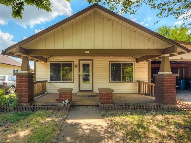 304 S Oak Street, Crescent, OK 73028 (MLS #911171) :: Homestead & Co