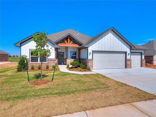 9616 Morgan Crossing Drive, Yukon, OK 73099 (MLS #912873) :: Homestead & Co