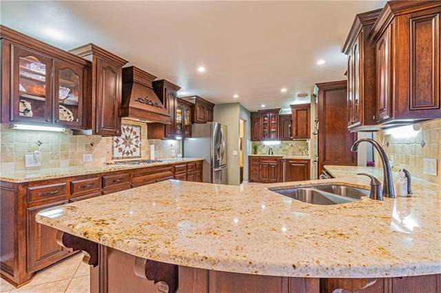 422 Francis Street, Lindsay, OK 73052 (MLS #913780) :: Keri Gray Homes