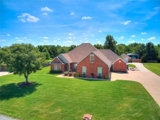 3608 Clay Drive, Yukon, OK 73099 (MLS #915486) :: Homestead & Co