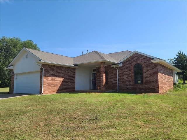 22840 Walnut Creek Trail, Purcell, OK 73080 (MLS #916109) :: Homestead & Co