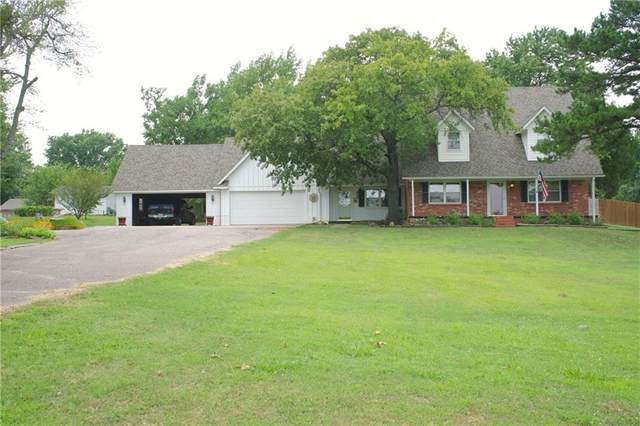 711 Cedar, Seminole, OK 74868 (MLS #917084) :: Homestead & Co