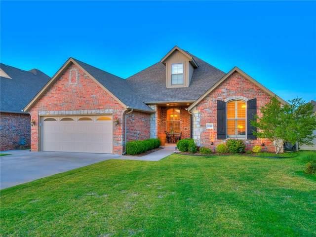 17700 Griffin Gate Drive, Edmond, OK 73012 (MLS #917500) :: Homestead & Co