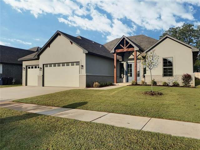 4813 Hambletonian Lane, Mustang, OK 73064 (MLS #918347) :: Erhardt Group at Keller Williams Mulinix OKC