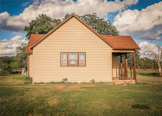 301 E Enterprise Avenue, Sayre, OK 73662 (MLS #920379) :: KG Realty