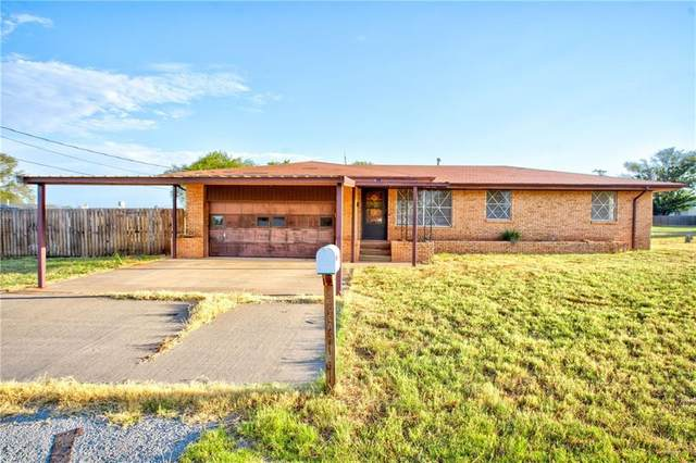500 E Ione Street, Cordell, OK 73632 (MLS #923182) :: Your H.O.M.E. Team